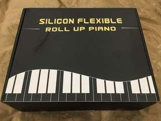 🚚 全新 SILICON FLEXIBLE ROLL UP PIANO