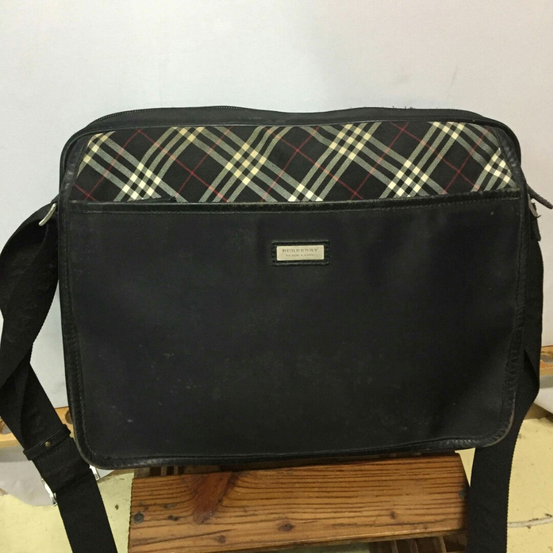 c3d0c0aaf2 Authentic Burberry Black Label nylon messenger bag, Luxury, Bags ...