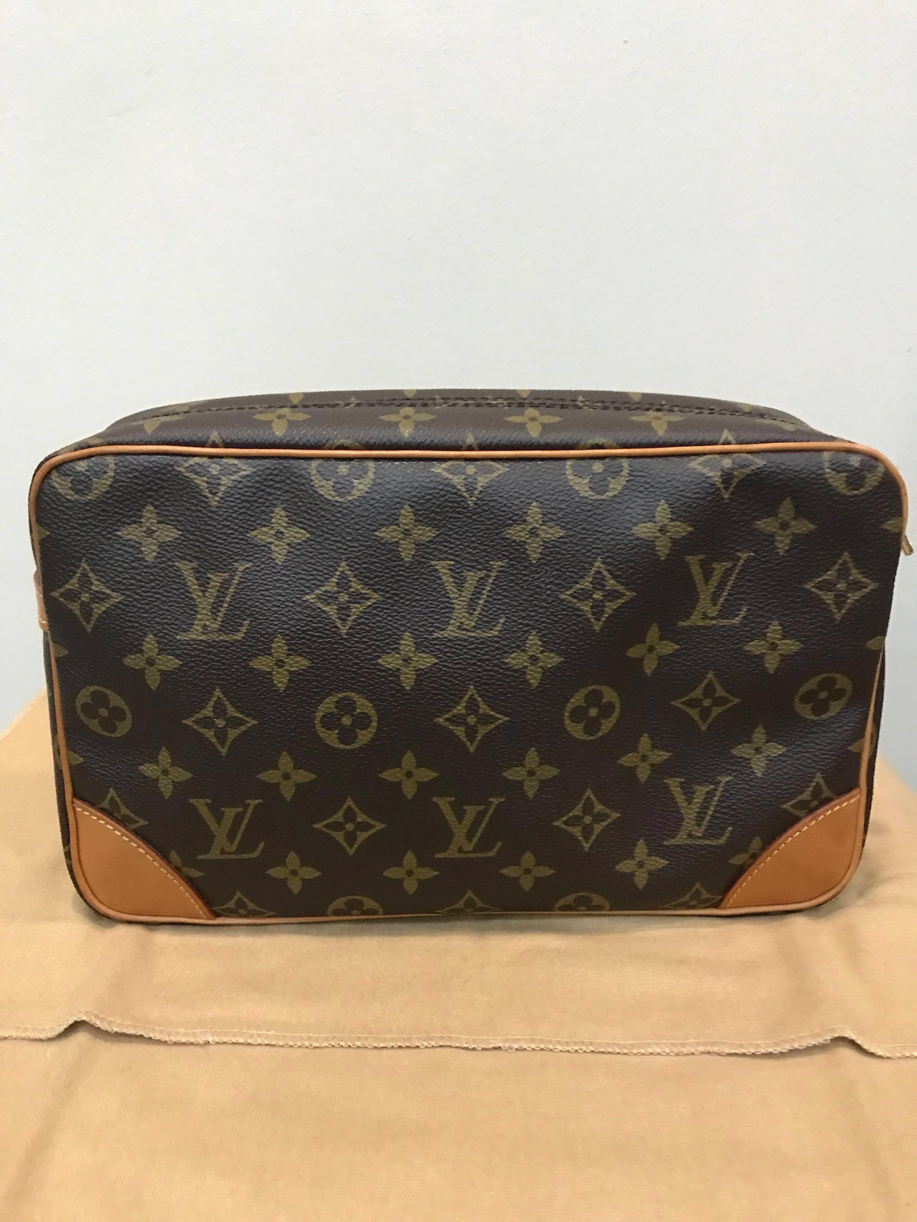 166925ff8b07 Authentic Louis Vuitton Compiegne 28 Clutch   Cosmetic