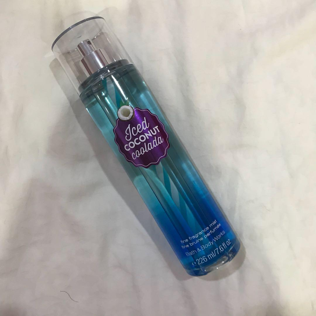 Bath & Body Works Iced Coconut Coolada Body Mist