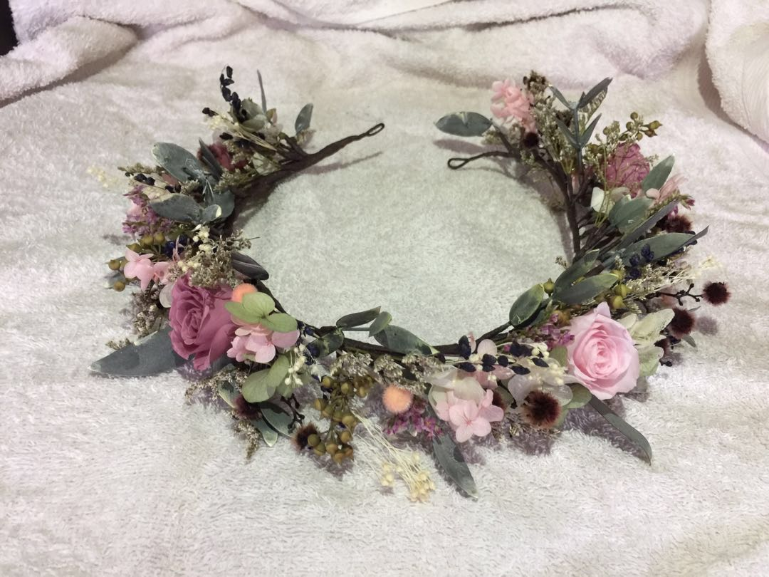 Bridal preserved flower crown real flower design craft bridal preserved flower crown real flower design craft handmade craft on carousell izmirmasajfo