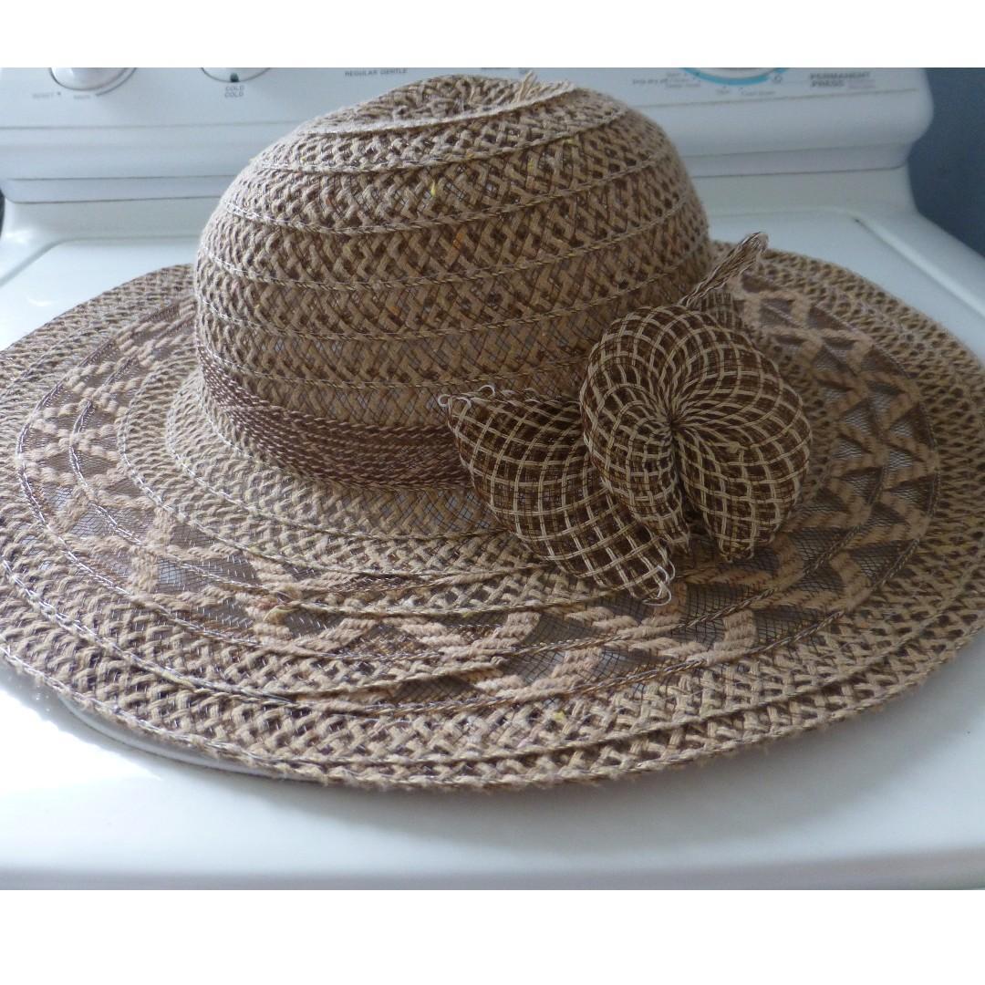 dotti straw floppy hat