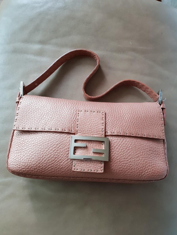 f172e6291aa5 Fendi Baguette in Selleria Leather