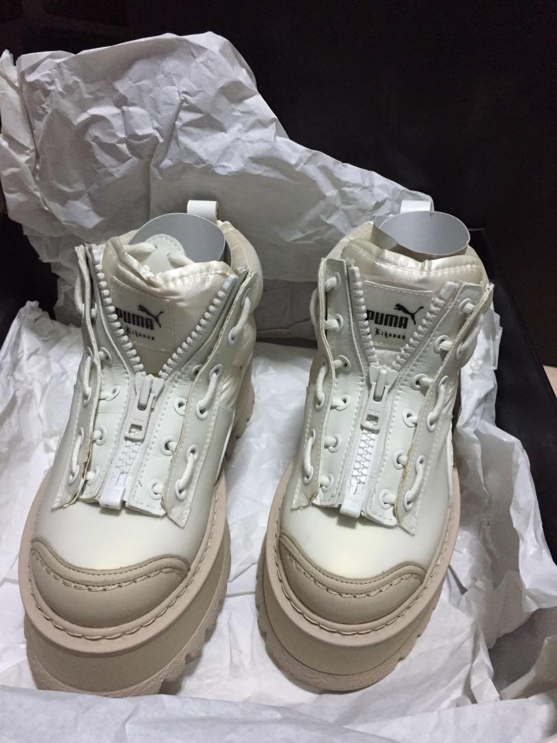 quality design a6116 dc270 FENTY Puma (Platform Sneaker Boots), Women's Fashion, Shoes ...