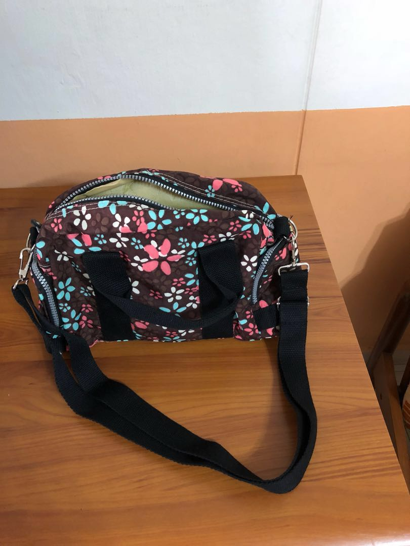 d0fb6760f4 Graycy Cat Adjustable Straps Bag, Women's Fashion, Bags & Wallets, Sling  Bags on Carousell
