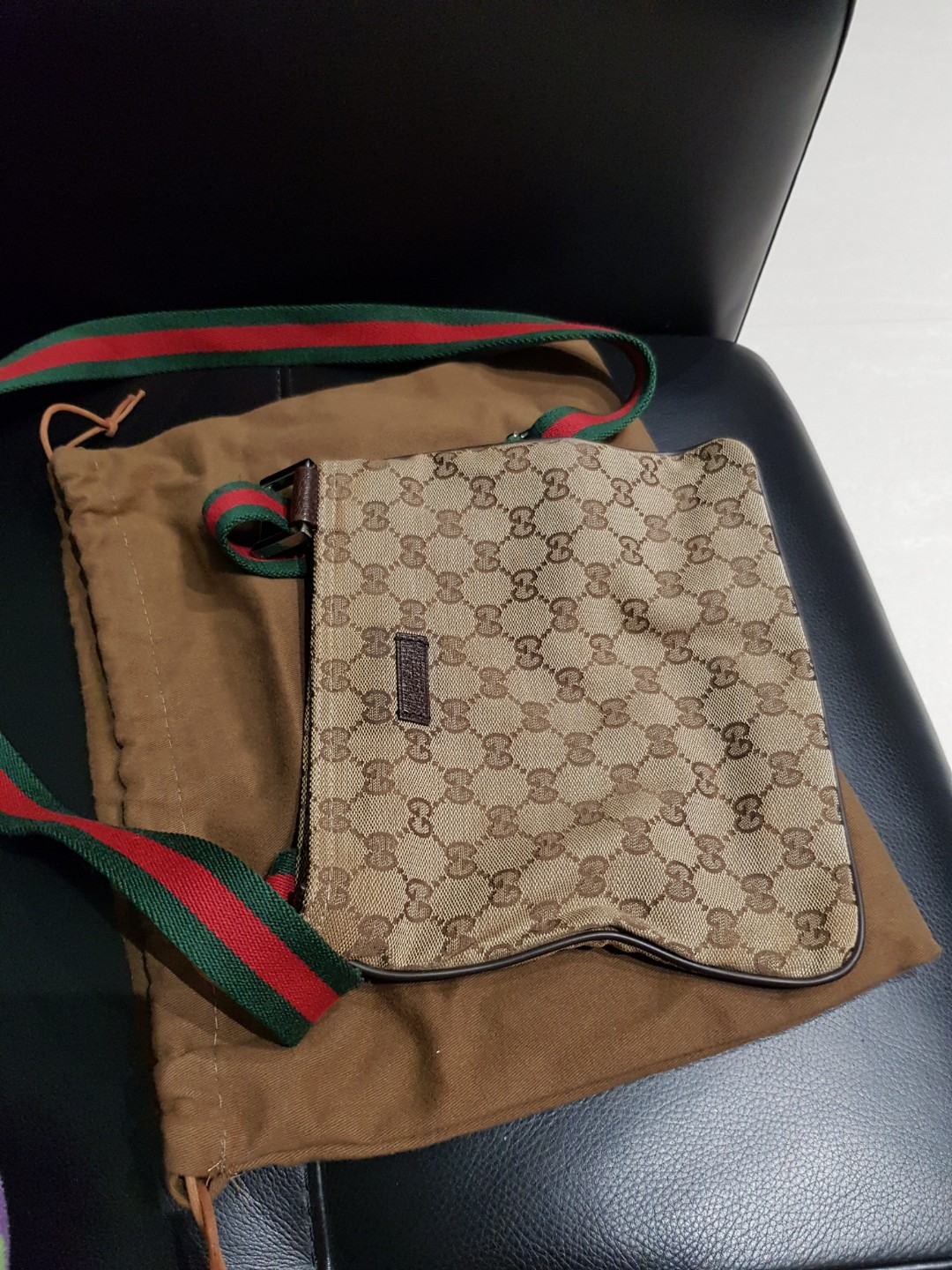 Reserved) Gucci sling bag - authentic, Women s Fashion, Bags ... 1486db71d1