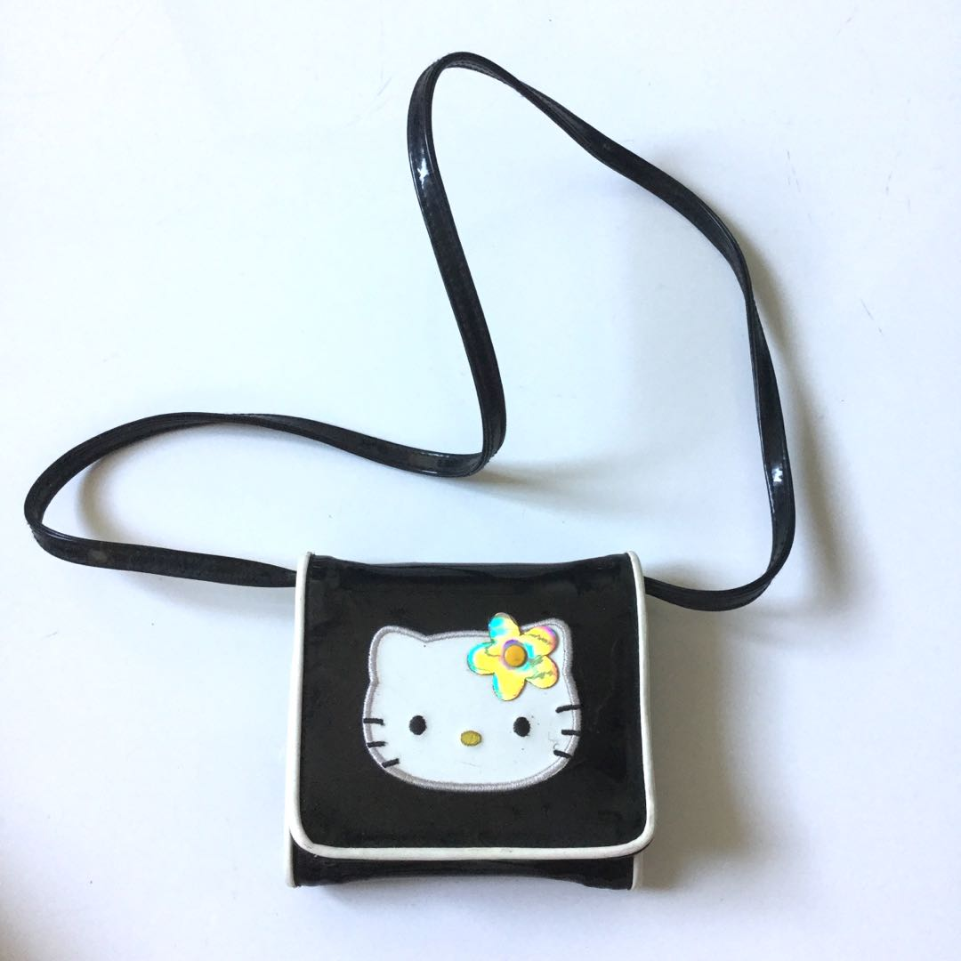 PLOVED  Authentic Vintage Hello Kitty Patent Wallet 4a0695776cf9b