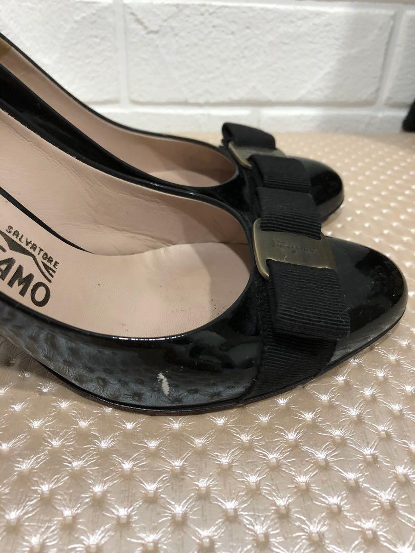 c9095823f2 Preloved Salvatore Ferragamo Heels, Luxury, Shoes on Carousell