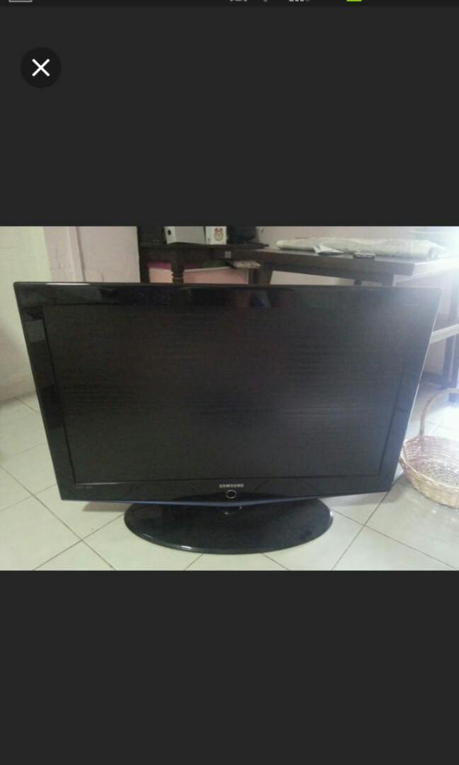 Samsung TV 40 inch, Electronics, Others on Carousell