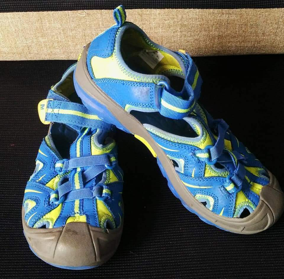 Sepatu Merrel a7ba198cb2