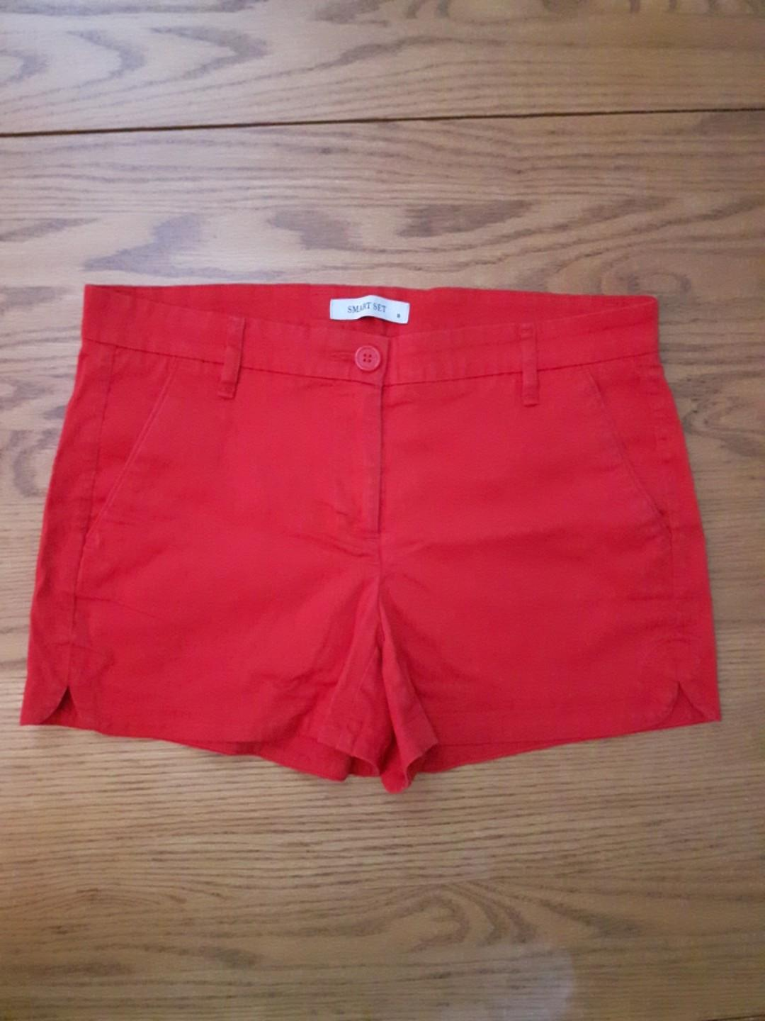 Red Shorts, Size 8
