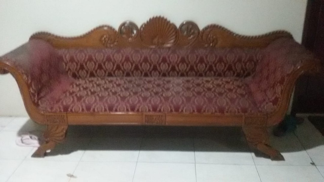 Sofa Ukir Jati Antiques Collectibles On Carousell