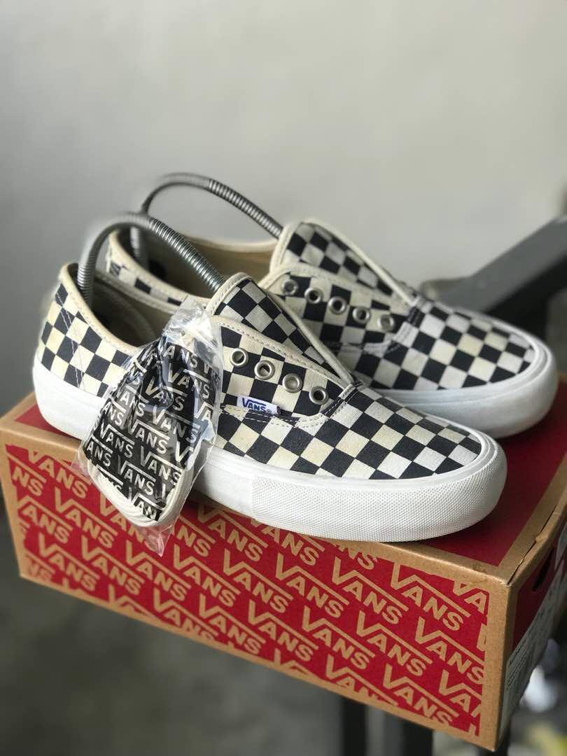 4dbaadbca35 Vans Checkerboard