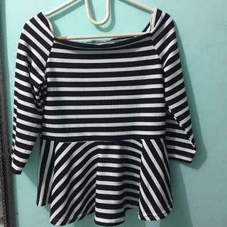 Peplum black&white