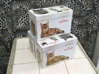 Wetfood container royal canin