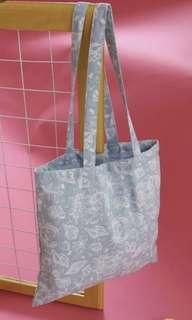 tote bag h&m pull and bear zara bershka