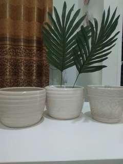 Pot bunga kramik ready