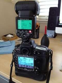 Nikon sb900 flash (like new)