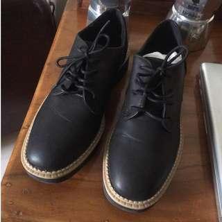 H&M低跟牛津皮鞋
