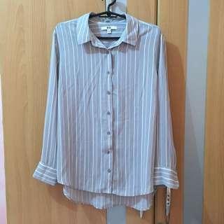 Uniqlo long sleeves gray stripes blouse