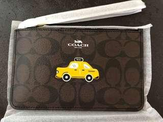 美國直送 Coach New York taxi wristlet 手挽袋 phone case