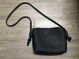 🚚 韓版極簡側背包
