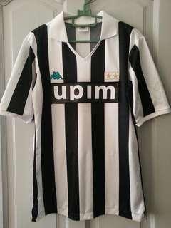 Vintage Juventus 1990/91 home kit