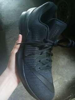 Nike Infuriate 2 low Triple Black