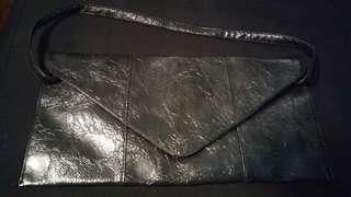 Gunmetal clutch with removeable strap