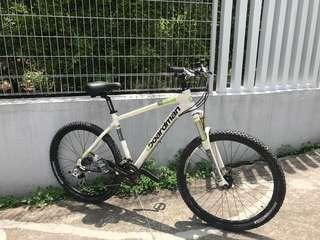 UK Boardman Mountain bike