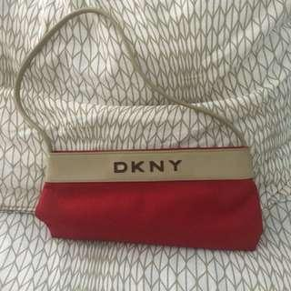 Pre loved DKNY pochette