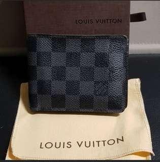 Authentic Louis Vuitton PF. Multiple Damien Grap