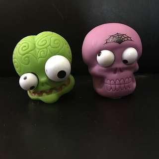 Toys R us (slime case)