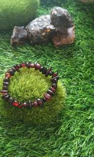 Red and dark red mixed bracelet