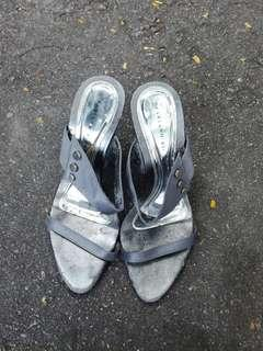Used silver heels size6