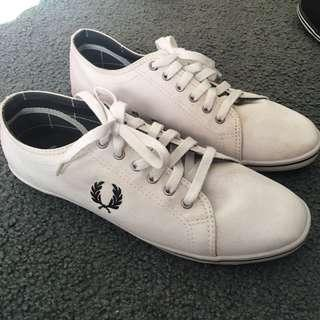 Fred Perry Kingston Twill white sneakers