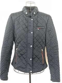 🚚 Zara navy blue padded short jacket sz M