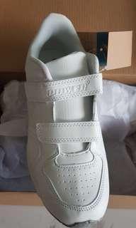 Bata's Power School Shoes - size 5