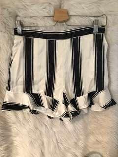 Bardot High Waisted B&W Shorts