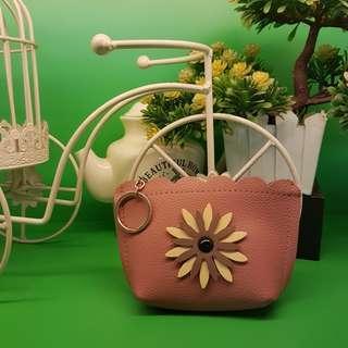 Flower coin purse
