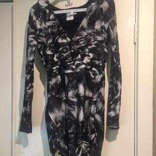 Kookai size 38 long sleeve dress