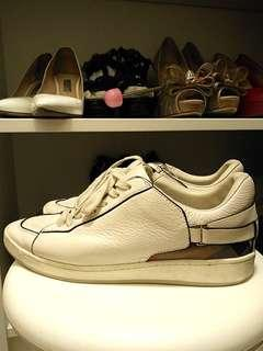 BURBERRY sneakers size 39