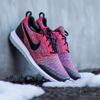 Nike Roshe NM Flyknit SE Bright Crimson Pink Sneakers