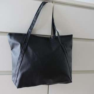 Shopper tote faux leather free shipping