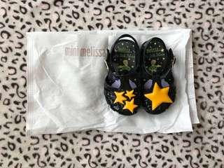 Mini Melissa size 5 (used once for OOTD only)