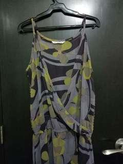 50 PESOS LAST PRICE. Sleeveless dress. No flaws! Used once.