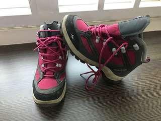 Quechua hiking boots