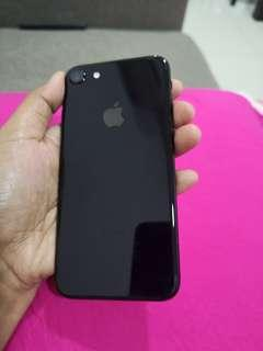 Iphone 7 jet black 128 GB myset