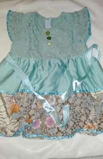 Dress kombinasi brokat dan batik