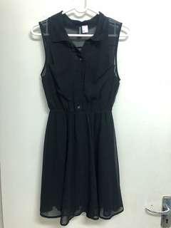 🚚 H&M 背面透膚小洋裝